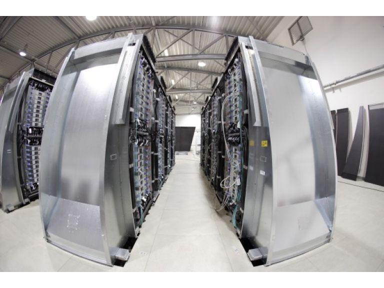 IBM invertirá U$S 300 M en cloud computing a competir así con Hewlett-Packard y SunGard